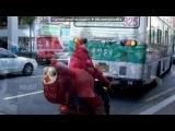 «Весёлая подборка» под музыку Гарик Сукачев и Алла Пугачева - Мал по малу привыкал!!СМЕХОТА!!!!!. Pi